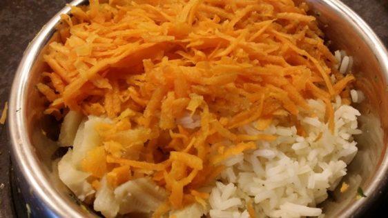 Riž s piščancem za psa - je to primerna dietna hrana?