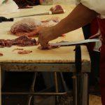 5 vprašanj, ko kupujete meso za psa »brez računa«