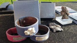 Z ZHP stojnico si je mesto delila tudi Dalija Sega in njena PaWaW kolekcija srebrnih tačk, ki so lahko narejene po meri ter spremenjene v prekrasen nakit: zapestnice, broške, verižice ... ali pa kot bronast okras.
